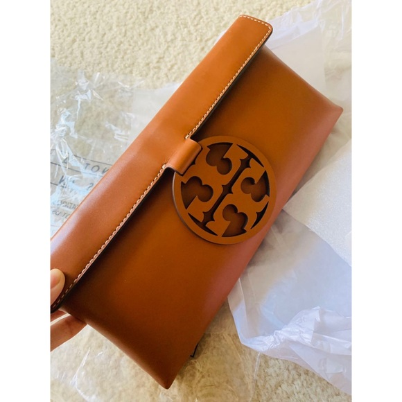 Tory Burch Handbags - new Tory Burch miller clutch